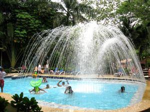 Élményfürdő wellness központ szolgáltatásaival - pihenés és rekreáció